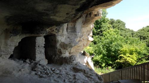 Скальный монастырь Аладжа